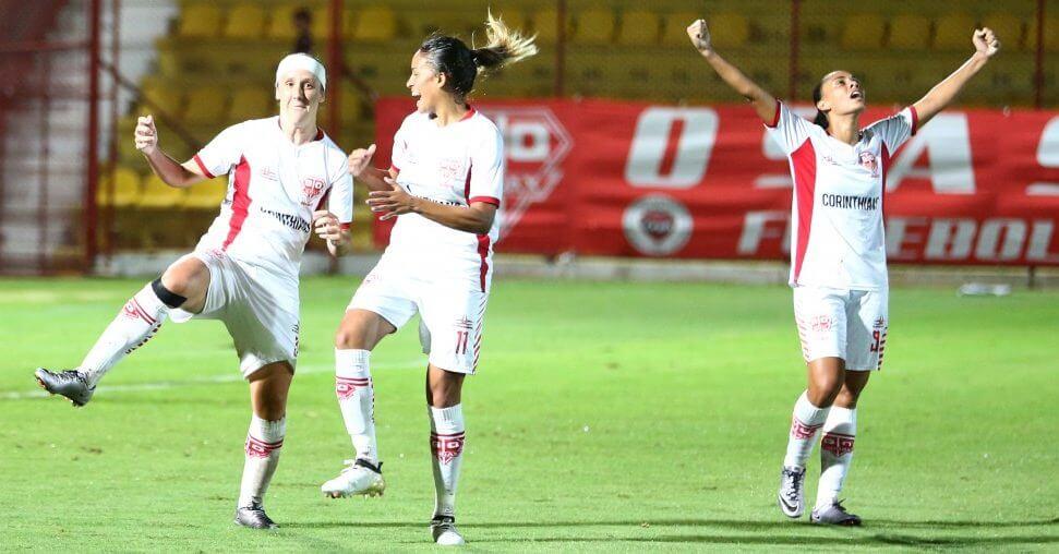 Em parceria com Corinthians, Audax vence a Copa do Brasil Feminina 2016 / CBF