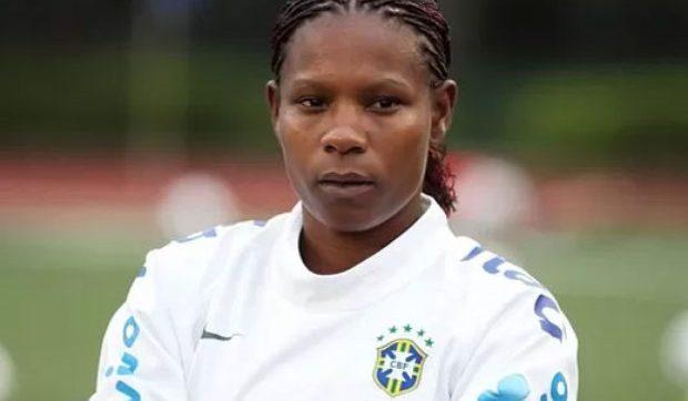 Formiga é a primeira mulher Bola de Prata