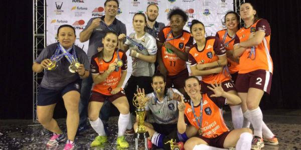 Female é hexa campeã da Taça Brasil de futsal feminino