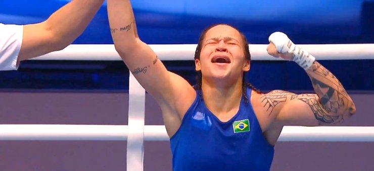 Bia Ferreira conquista medalha no Mundial de boxe